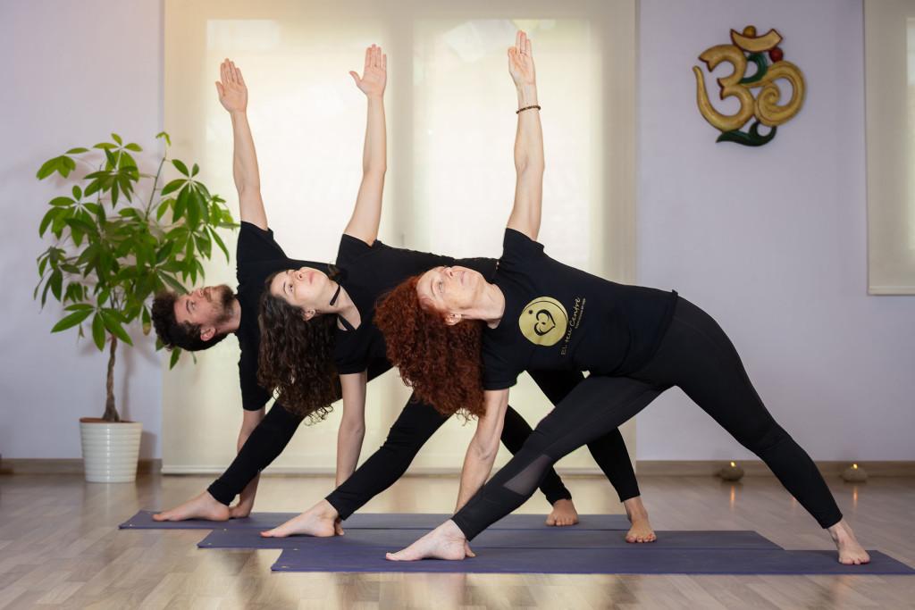 TRICONASANA El teu Centre Vic, yoga vic, yoga osona